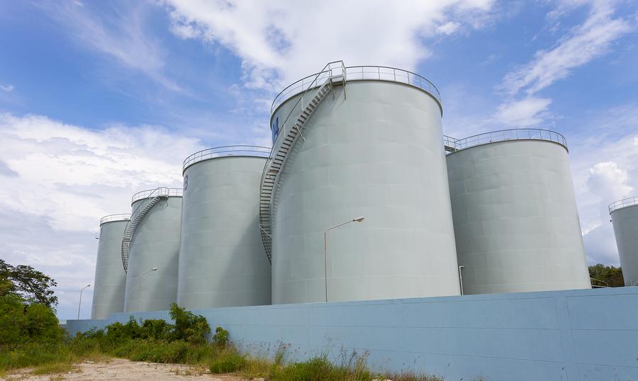 clean storage tanks